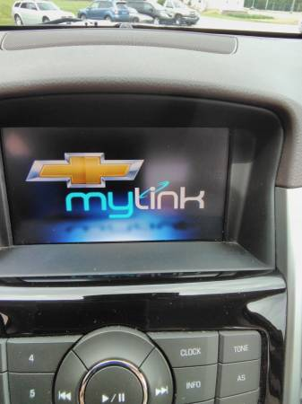 2015 Chevy Cruze console