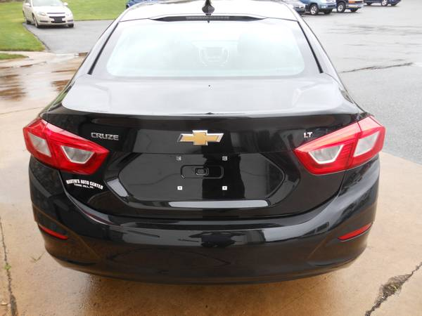 Chevy Cruze 17 back