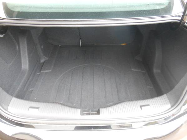 Chevy Cruze 17 trunk