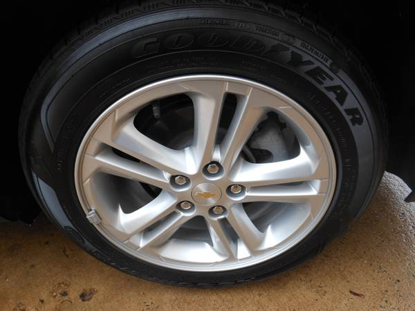 Chevy Cruze 17 wheel