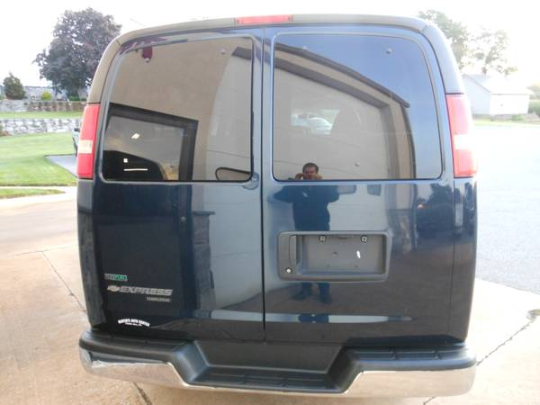Chevy Express 2011 Back