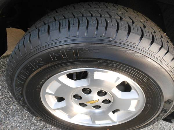 Chevy Express 2014 wheel