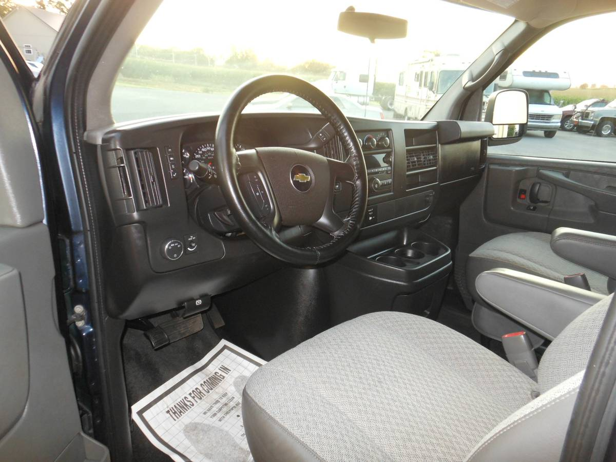 Chevy Express 2011 Inside